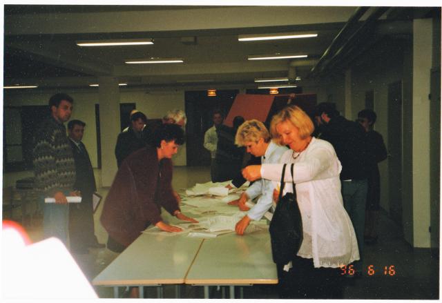 19960616-kubinka-ballot